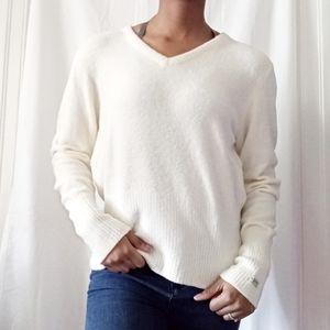 COLUMBIA | White fuzzy sweater 228